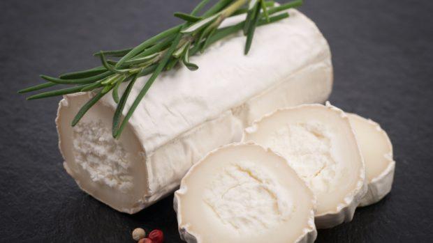 Receta de ensalada de nueces y queso de cabra.
