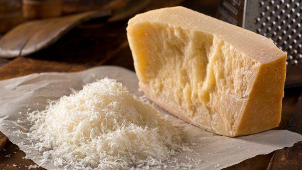 Receta de ternera en salsa de queso y verduras
