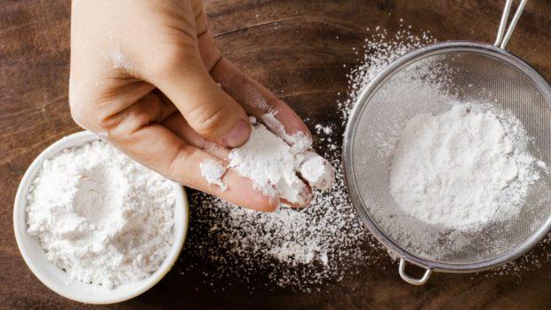 Receta de Brownie de chocolate blanco con frosting de queso 2