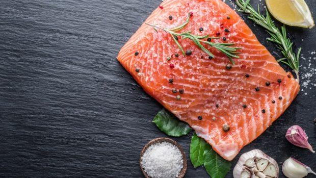 Receta de salmón marinado en horno.