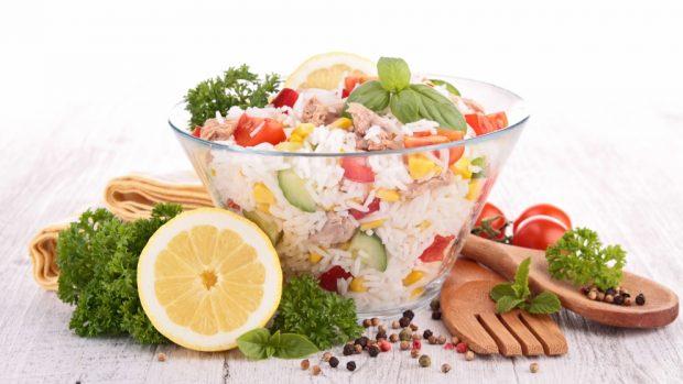 Ensalada De Arroz Y Frutas