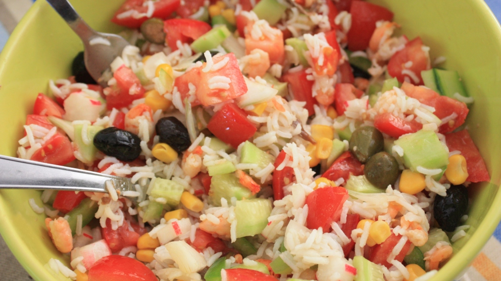 Photo of Receta de ensalada de arroz y frutas