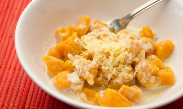 Ñoquis de calabaza en salsa gorgonzola