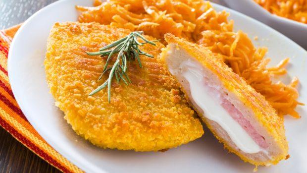 Sandwich De Patata Con Jamon Y Queso