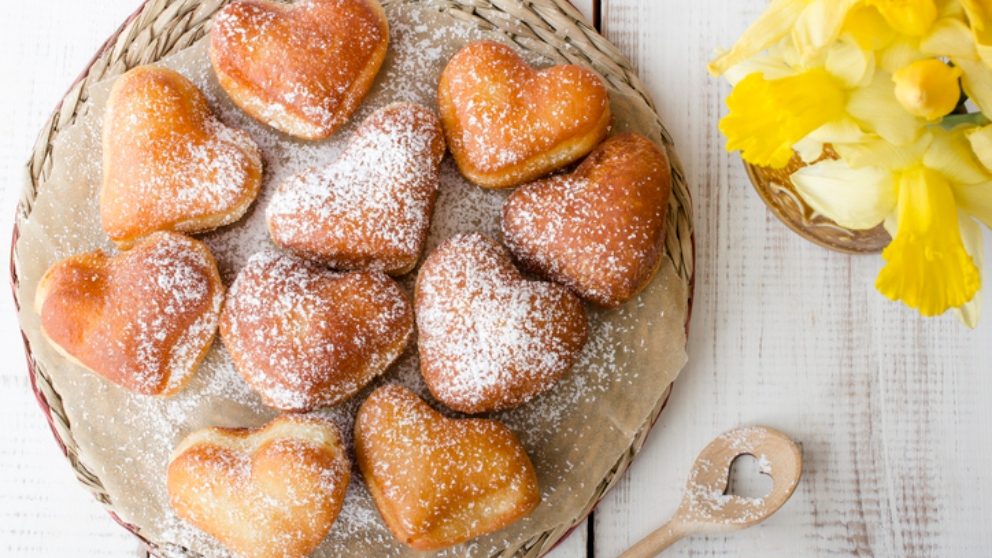 Photo of Receta de donuts de San Valentín con forma de corazón