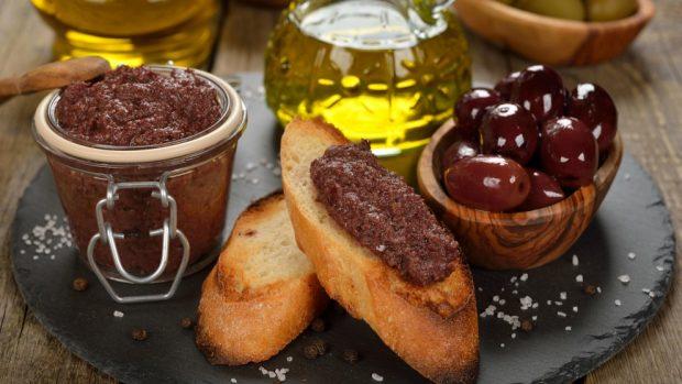 Receta de Paté de aceitunas y anchoas casero 2