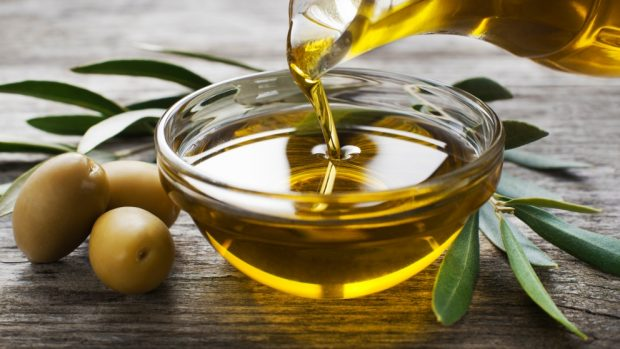 Trucos para ahorrar aceite en la cocina 2