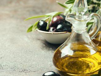 Trucos para ahorrar aceite en la cocina 1