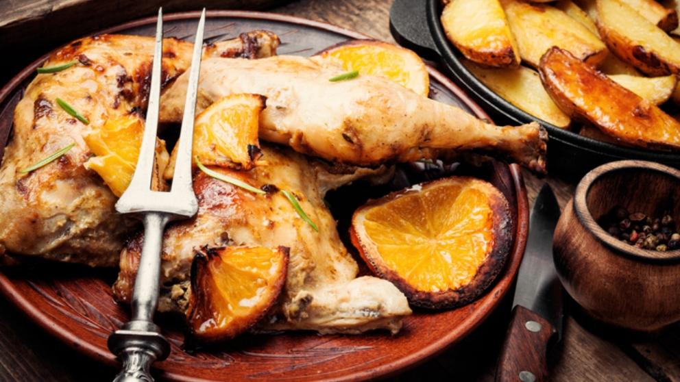 Photo of Receta de Muslitos de pollo con salsa de naranja y hierbas aromáticas