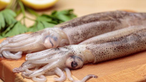 Receta de brochetas de calamar con verduras