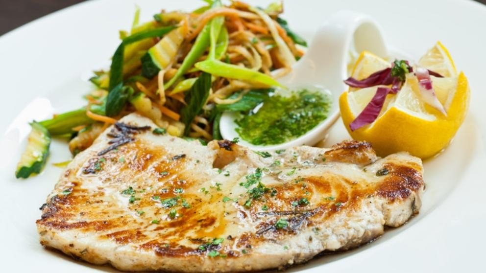 Receta de pez espada con salsa de espárragos 1