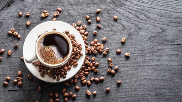 Receta de budín de café y crema.
