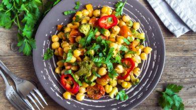 Photo of Receta de ensalada de garbanzos con bacalao