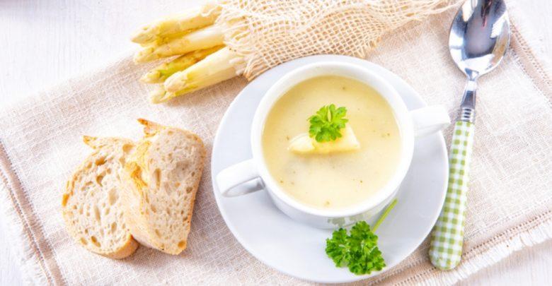 Receta de sopa fría de espárragos 1