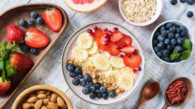 Batido con leche de avena y frutas