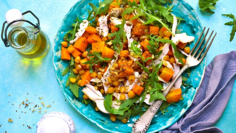 Receta de garbanzos con ensalada de naranja 1