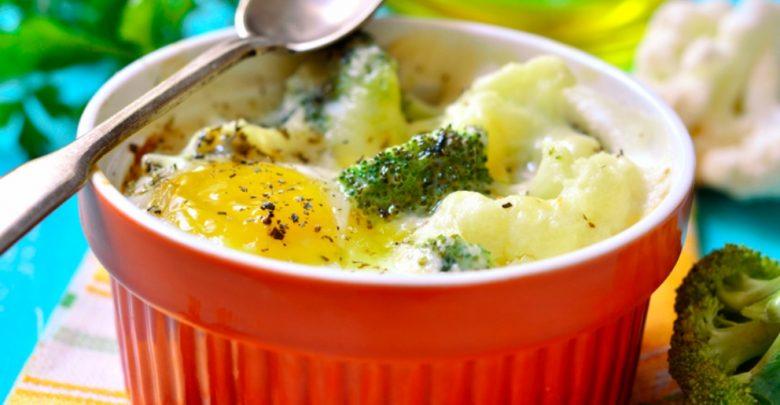 Receta de huevos con brócoli y salsa de mostaza 1