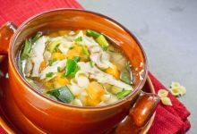 Photo of Receta de sopa de pollo con col rizada