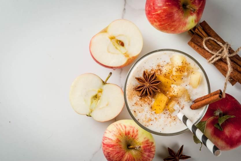 Manzanas caramelizadas con yogurt