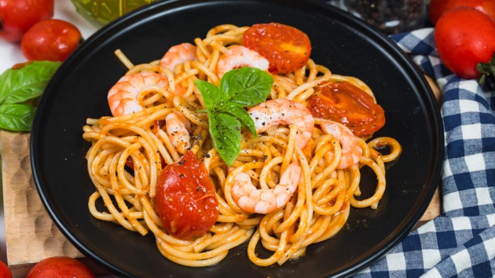 Photo of Receta de espaguetis con oreja de cerdo y gambas