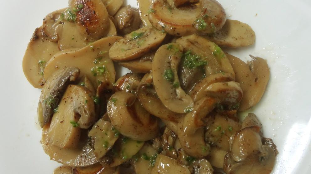 Receta de Champiñones en conserva fritos con salsa provenzal 1