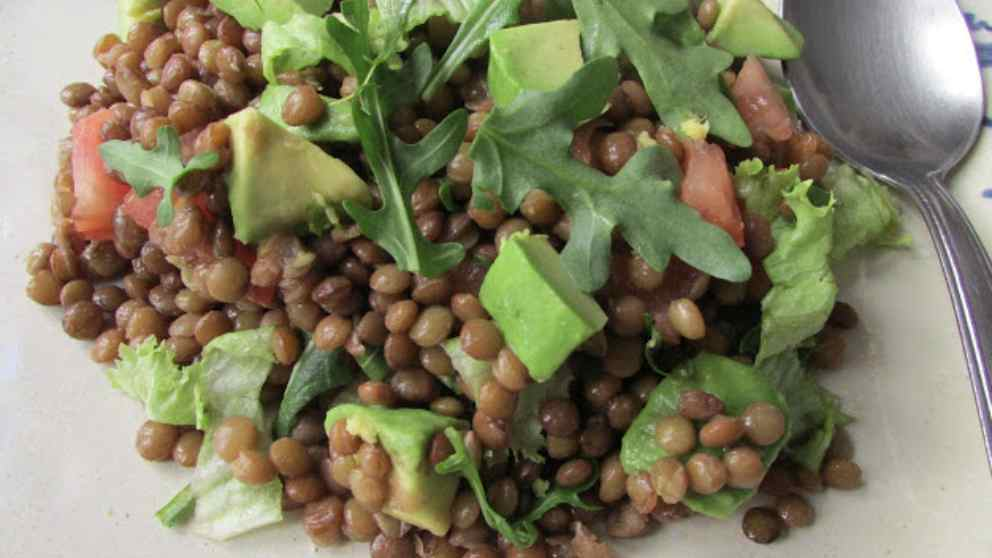Photo of Receta de Ensalada de aguacate con lentejas