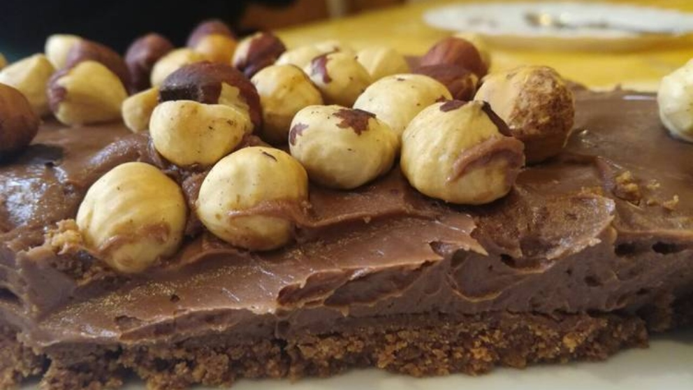 Receta de Tarta crujiente de chocolate y avellanas 1