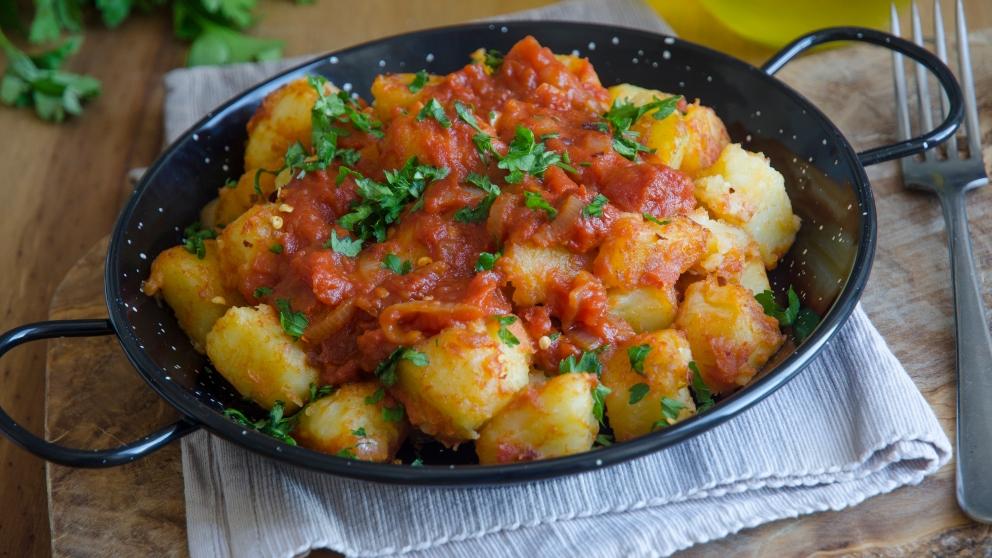 Receta sencilla de patatas bravas caseras 1