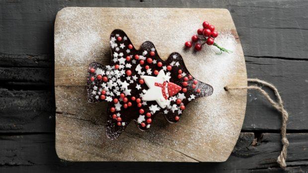 Navidad 2019: pastel de chocolate con árbol de Navidad de microondas