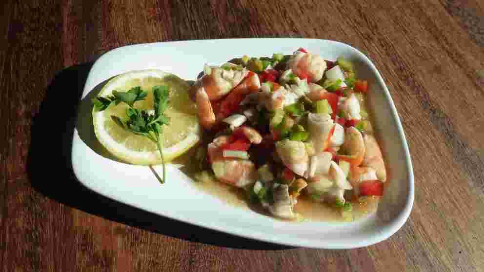 Receta de Salpicón de marisco con pollo y aguacate 1