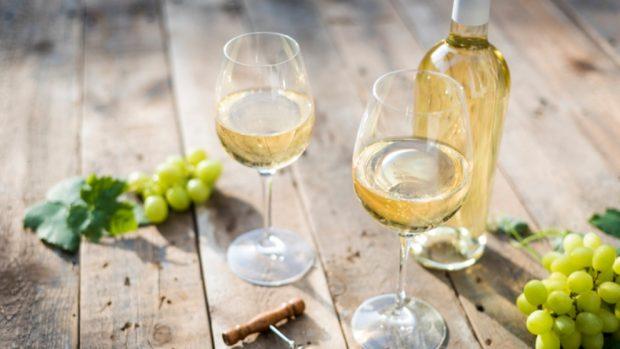 Receta de duraznos de vino blanco