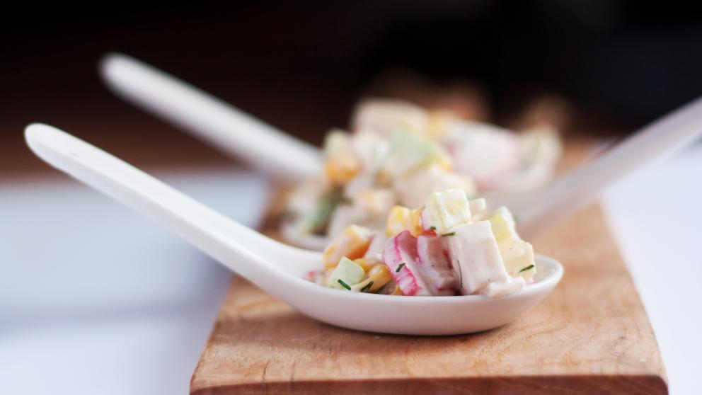 Receta de aperitivo de surimi con piña 1