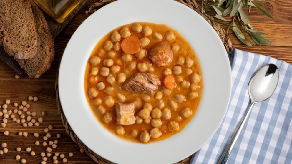 Photo of Receta de potaje de garbanzos con chorizo