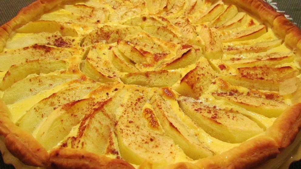 Receta de Tarta de manzana con crema de almendras 1