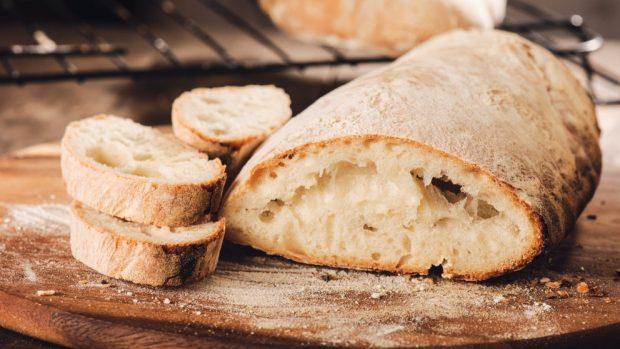 Jueves lardero 2020: sándwich de salchicha con tortilla