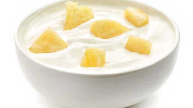 Yogur de piña casero