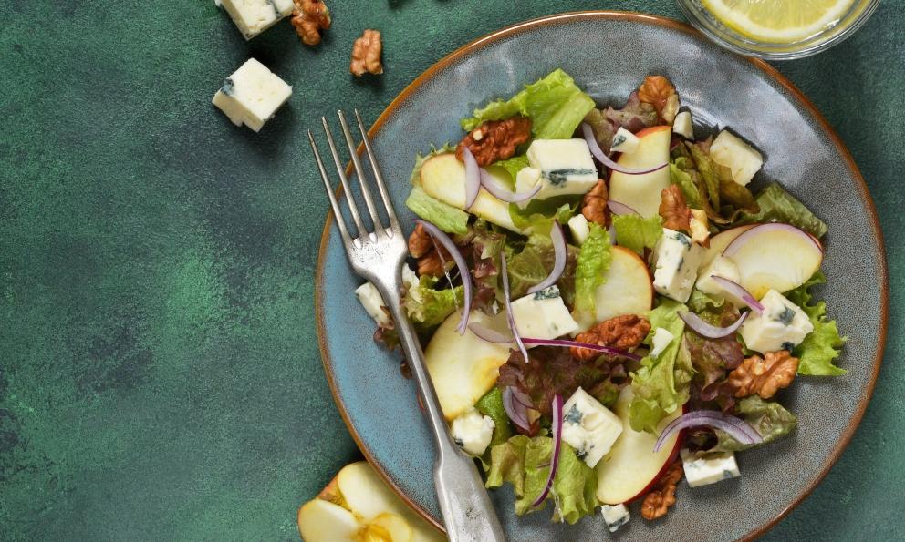 Receta de Ensalada de manzana, mango, atún y queso de cabra 1