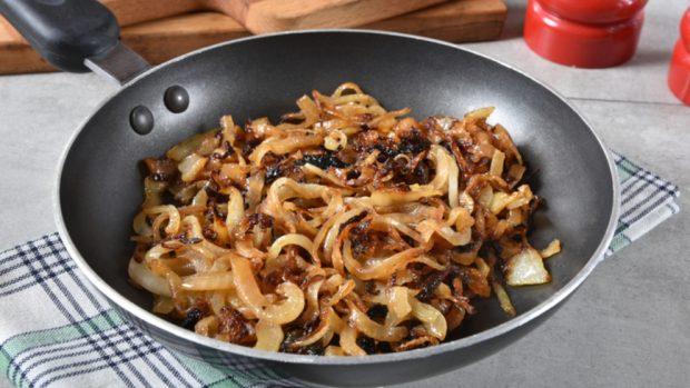 Receta de calamar con cebolla confitada