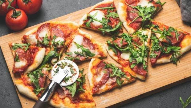 Cómo hacer pasteles sin levadura, pasteles y pizzas