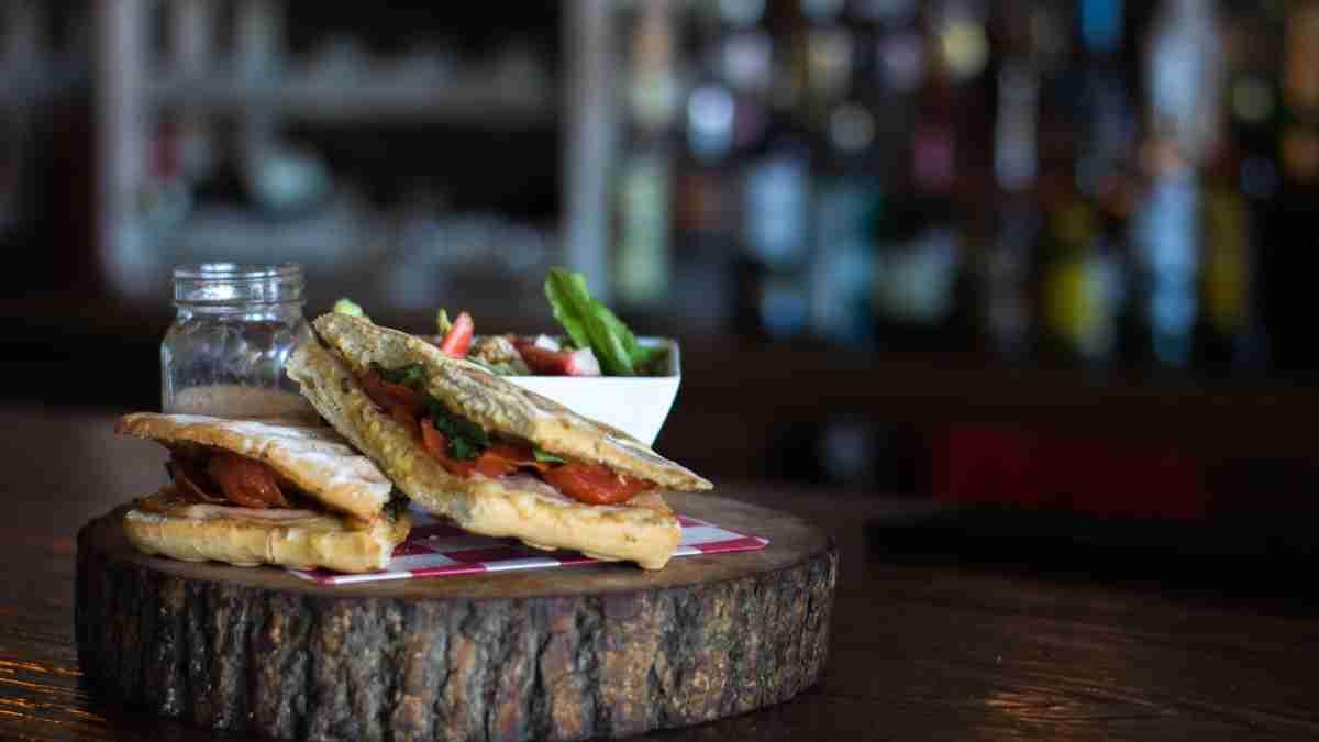 Photo of Receta de Paninis de lomo de cerdo y queso de cabra
