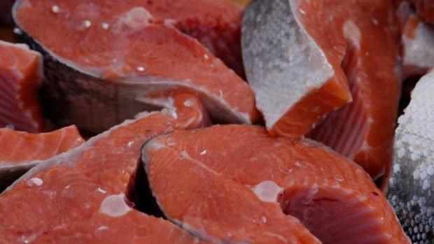 Fideos de calabacín con salmón fresco