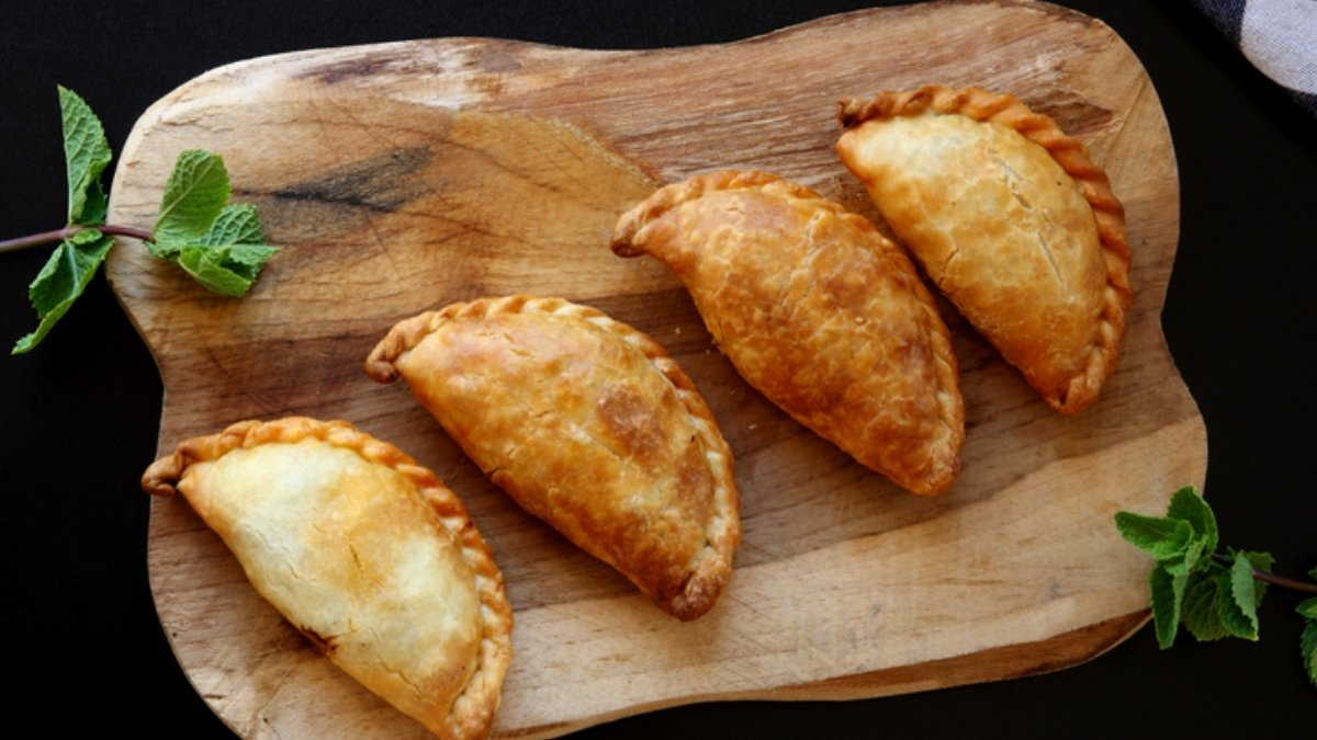 Photo of Receta de empanadillas de bacalao con manzana