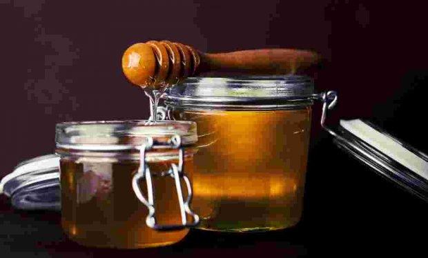 Receta crujiente de galletas de miel