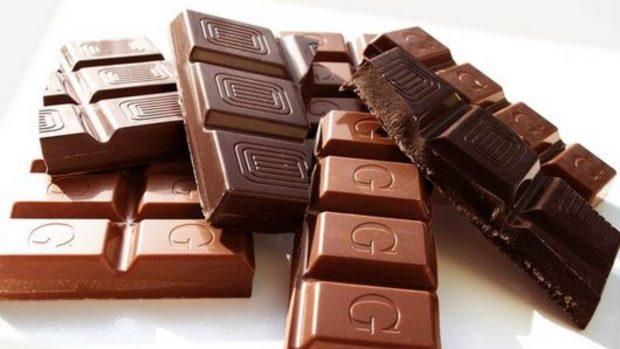 Receta de galletas de chocolate con tres ingredientes.