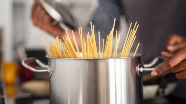 Espaguetis a la carbonara de gordon Ramsay
