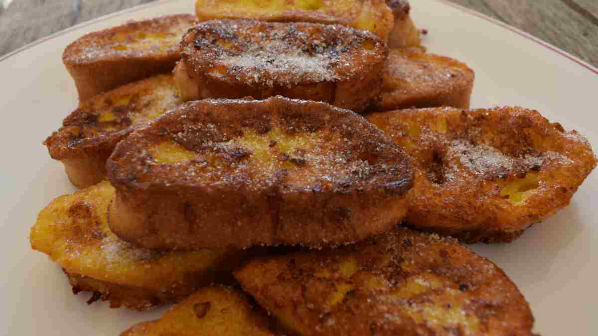 Photo of Receta de Deliciosas torrijas de pan duro y leche