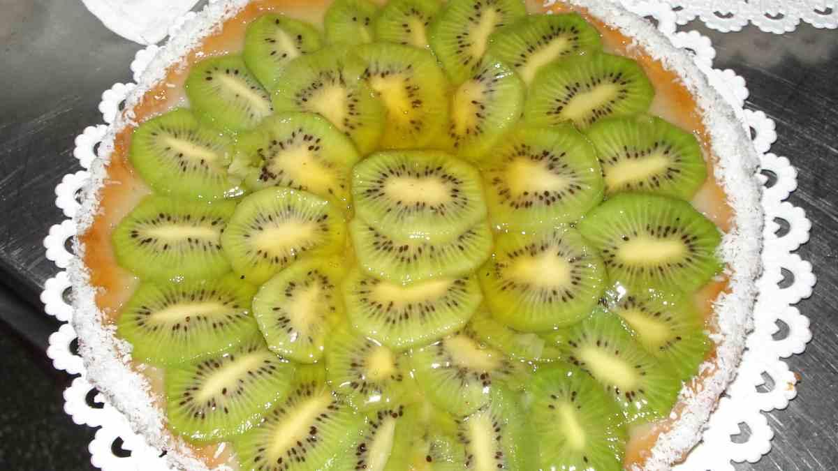 Receta de Tarta pawlova de kiwi y salsa de toffe 1