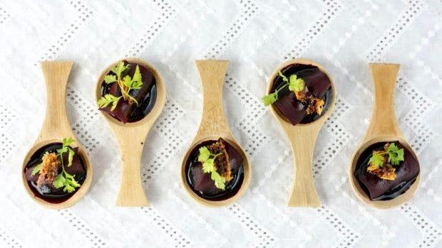 Receta de ensalada de remolacha en salsa de soja y sésamo