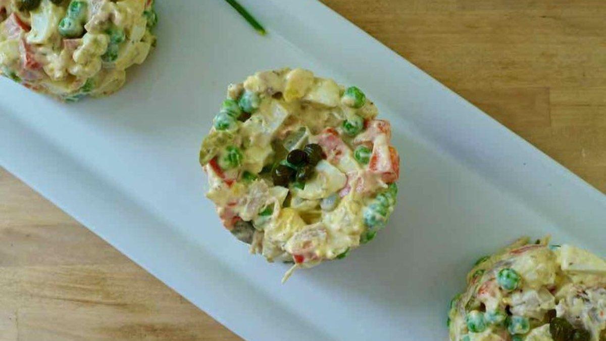 Receta de ensaladilla de patatas de bolsa y judías verdes 1
