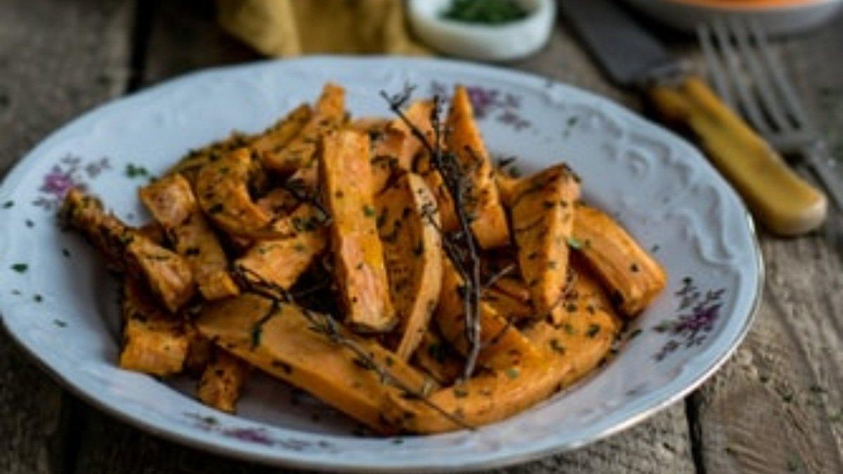Photo of Receta de patatas al horno con cúrcuma y romero